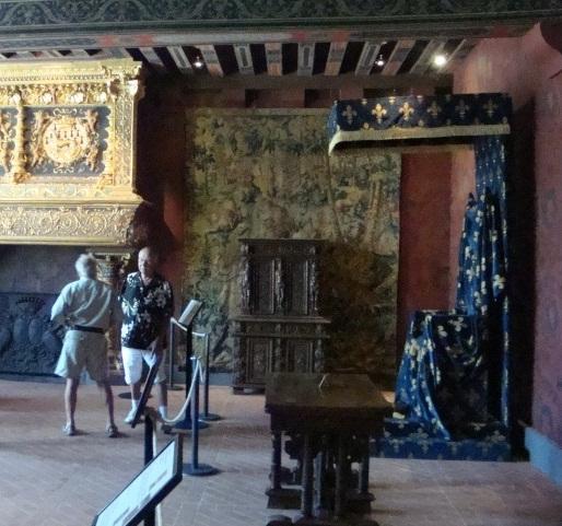 Королевские покои замка Блуа.jpg